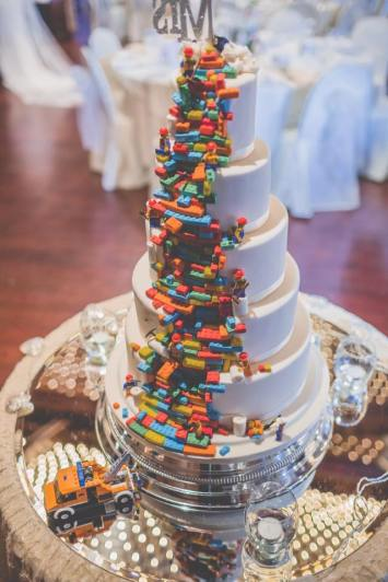 the-vintage-wedding-fairy-lego-cake