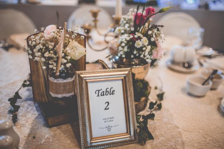 the-vintage-wedding-fairy-table-centrepiece