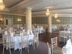 the vintage wedding fairy - step house hotel decor